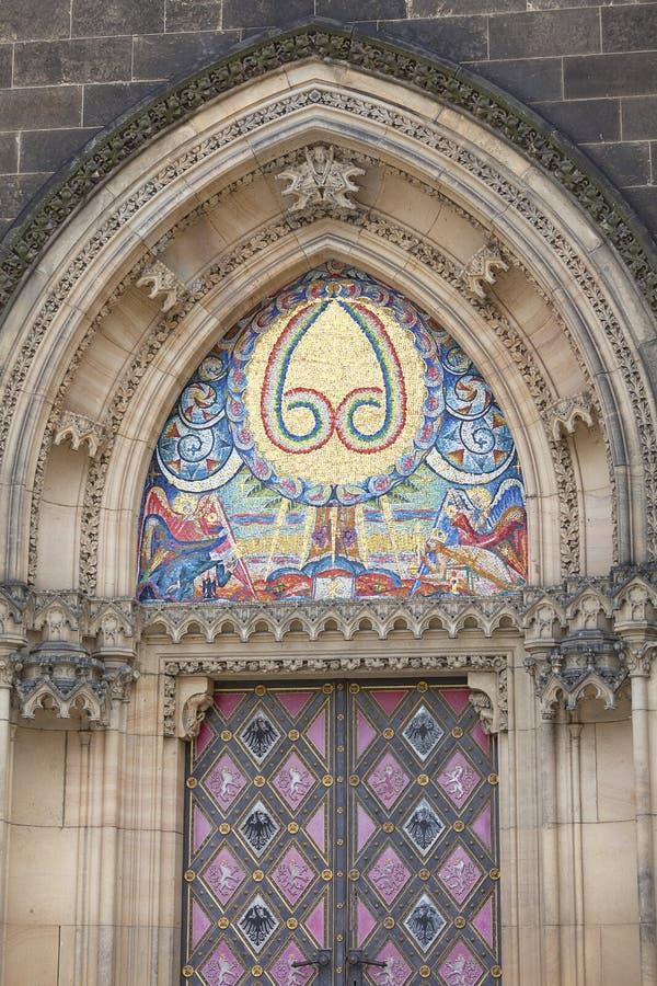 Basiliek van St Peter en St Paul, Vysehrad, mozaïek, Praag, Tsjechische Republiek stock afbeelding