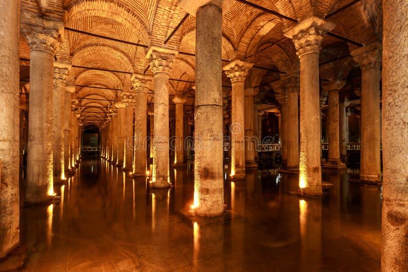 Basiliekreservoir (Istanboel, Turkije) stock afbeeldingen