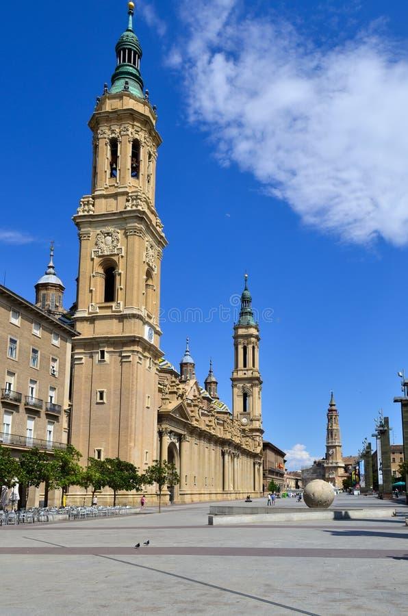 Basilika av damen Pilar royaltyfria foton