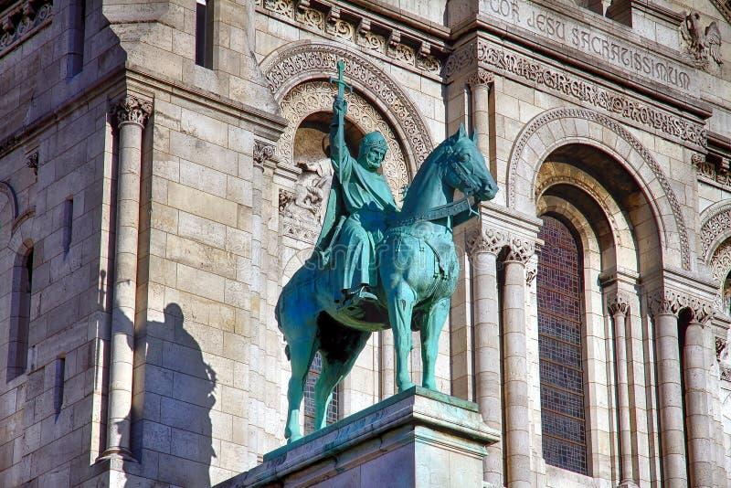 Basilika av Sacren Coeur av Montmartre i Paris arkivfoton