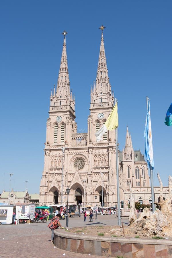 Basilika der Gottesmutter von Lujan in Buenos Aires, Argentinien stockfotos