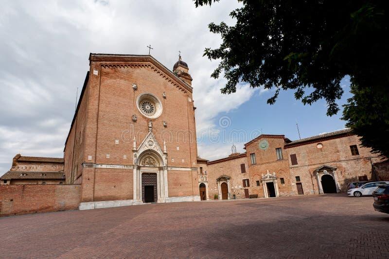 Basilika di San Francesco Saint Francis kyrka, Siena, Tuscany, Italien royaltyfri fotografi