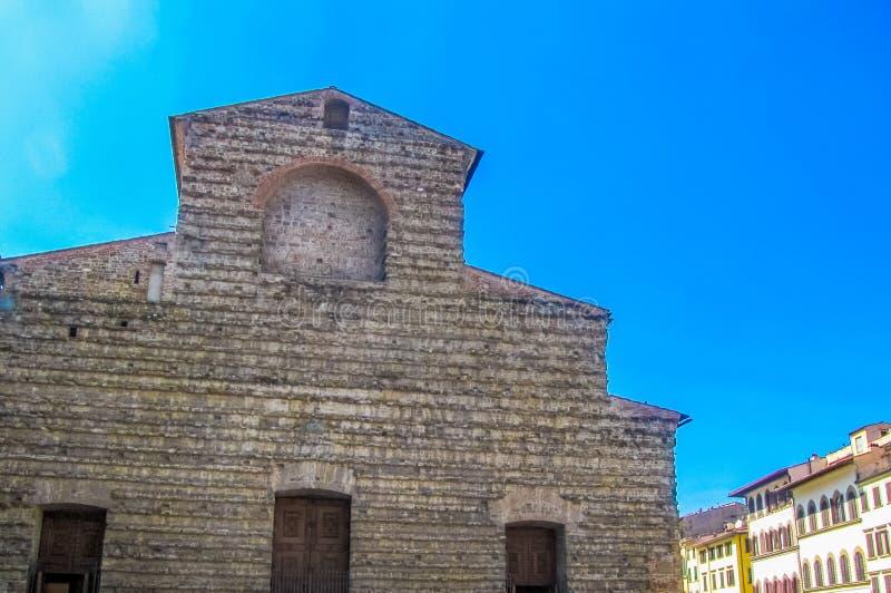 Basilika di San Lorenzo Basilica av St Lawrence i Florence, Italien arkivfoto