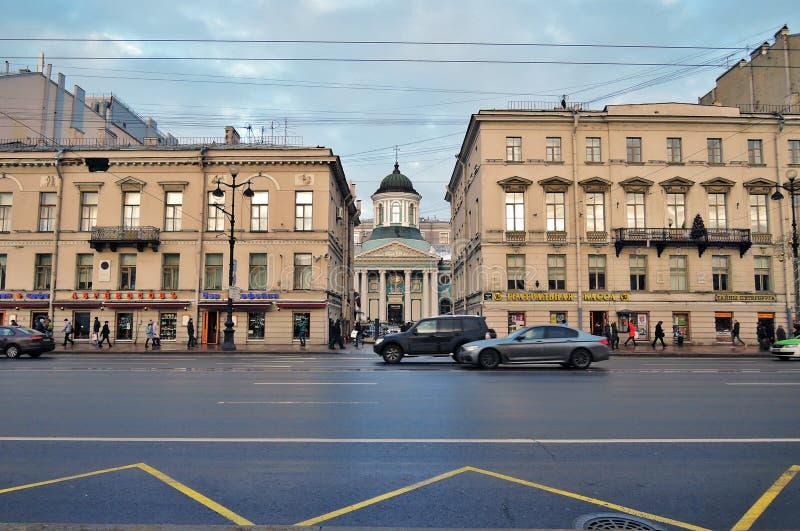 Basilika för helgonCatherine ` s på den Nevsky utsikten i St Petersburg Ryssland royaltyfri foto