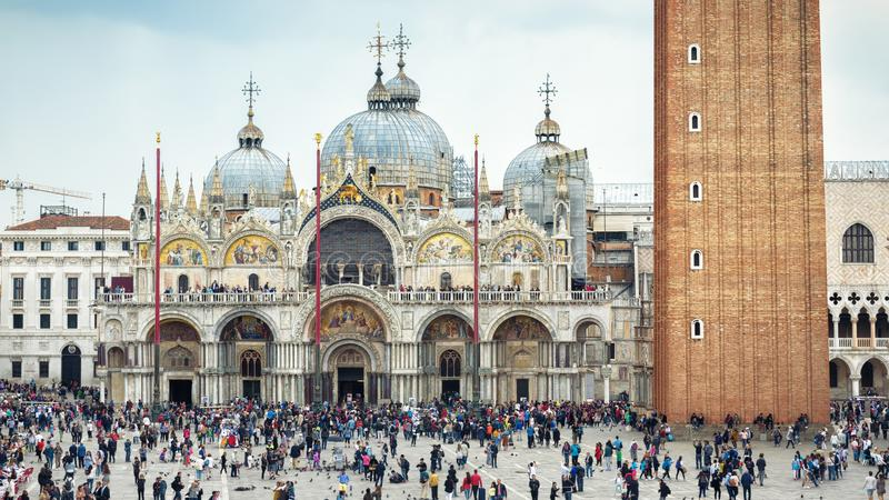 Basilika för St Mark ` s i Venedig, Italien arkivfoton