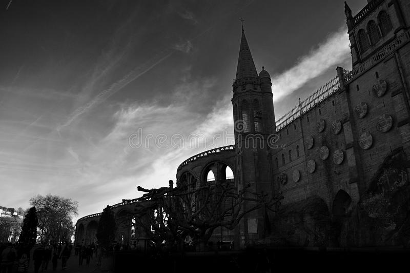 Basilika Notre Dame du Rosaire, Frankreich stockfotos