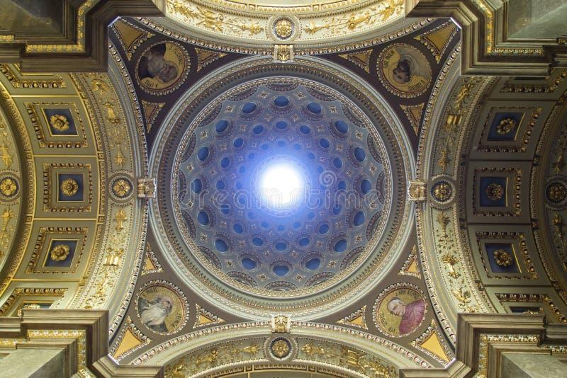Basilika Str.-Stephens, Kuppel lizenzfreie stockbilder