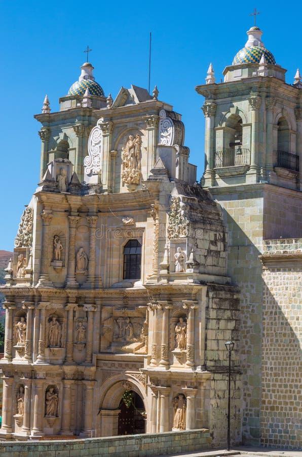 Basilika unserer Dame der Einsamkeit in Oaxaca de Juarez, Mexiko stockfotografie
