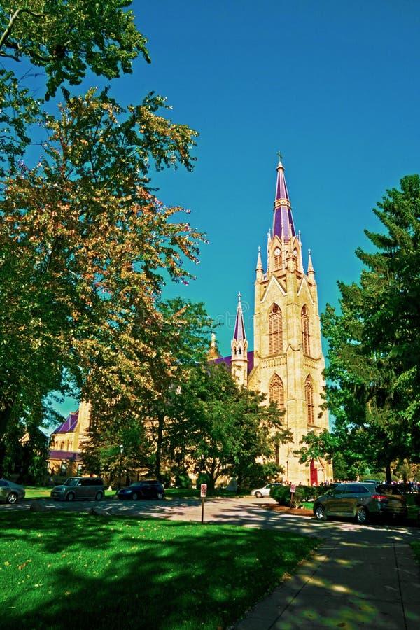 Basilika von Notre Dame lizenzfreie stockfotografie