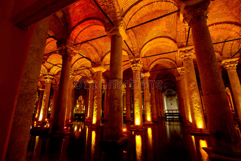 Basilika-Zisterne Istanbul, die Türkei lizenzfreie stockbilder