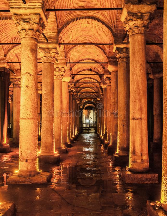 Basilika-Zisterne Yerebatan, Untertagewasserreservoir, Istanbu stockfotos