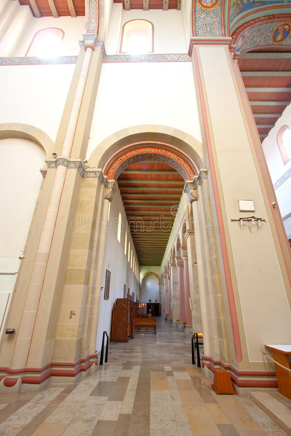 Basilikaart der Kirche lizenzfreie stockbilder