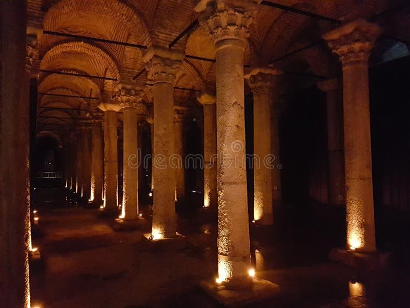 Basilikacistern i Turkiet royaltyfri foto