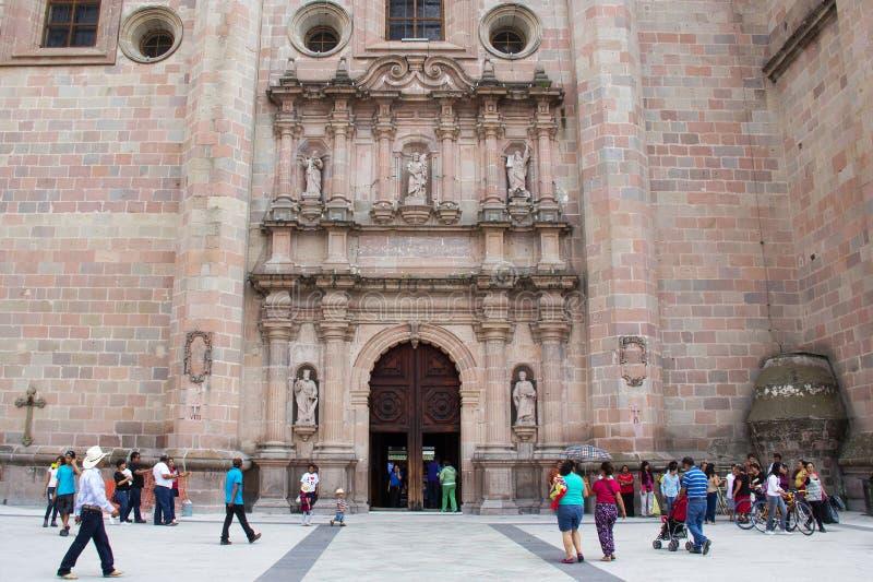 Basilikadomkyrka av Nuestra Senora de San Juan de los Lagos arkivbilder