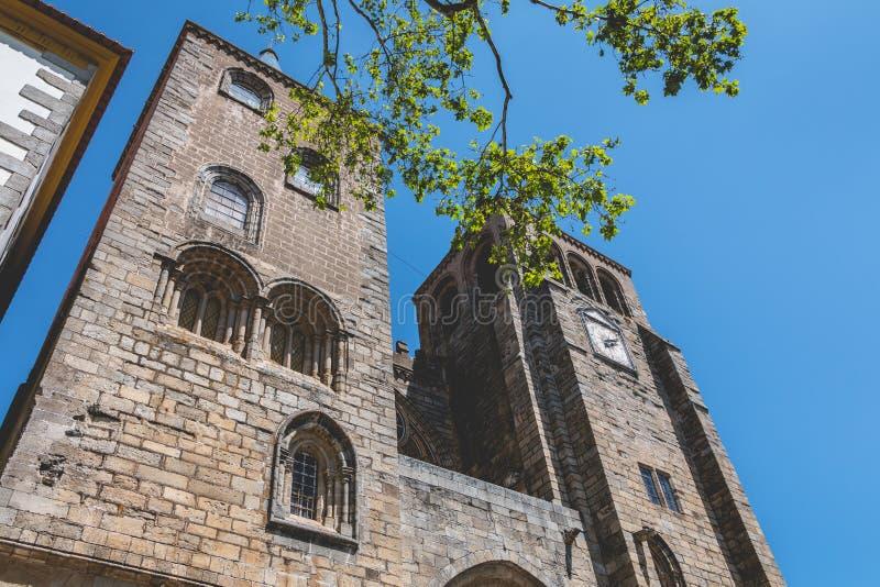 Basilikadomkyrka vår dam av antagandet av Evora royaltyfri bild