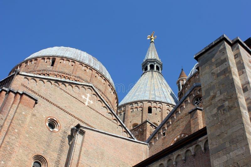 Basilikan av St Anthony arkivbild