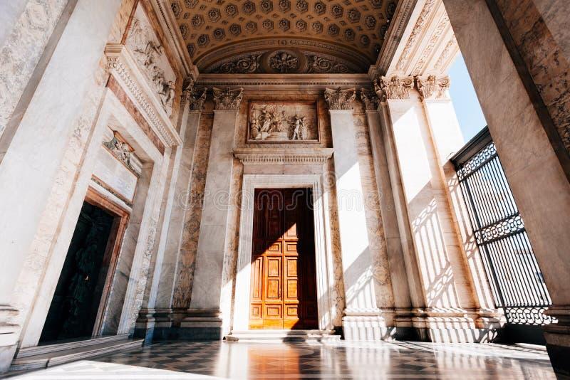 Basilique à Rome photo libre de droits