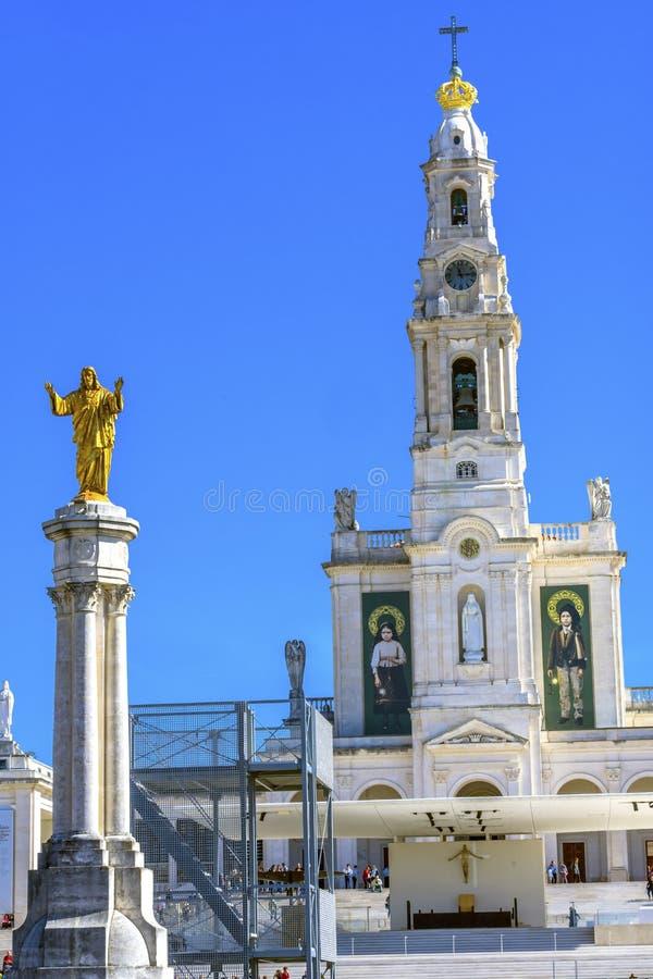 Basilique d'aspects d'anniversaire de statue du Christ 100th de Madame de photographie stock libre de droits
