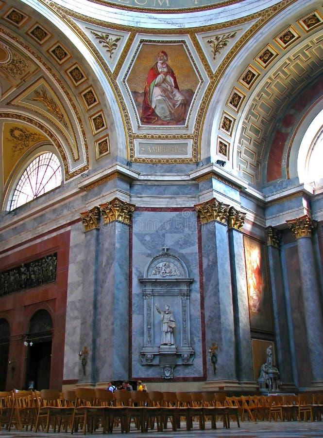Basilique d'Esztergom à l'intérieur photo libre de droits
