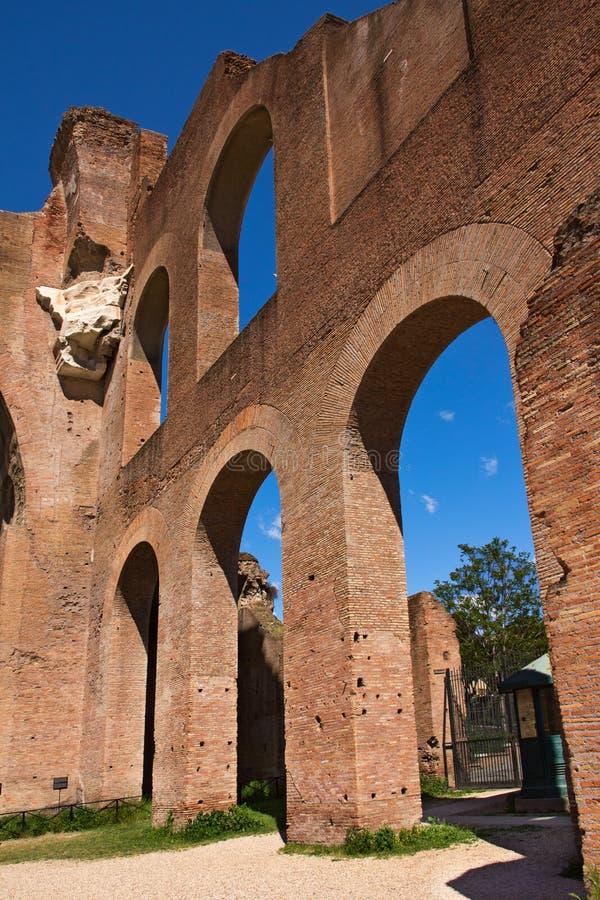 Basilique de Maxentius et de Constantine dans Roman Forum, Rome, photographie stock