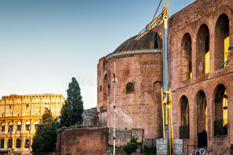 Basilique de Maxentius et de Constantine, Rome image libre de droits