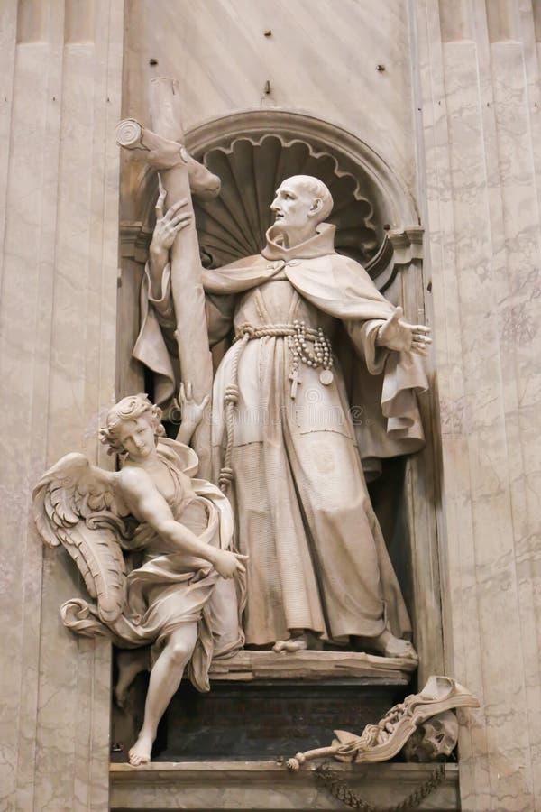 Basilique de sculpture - Vatican, Italie image libre de droits