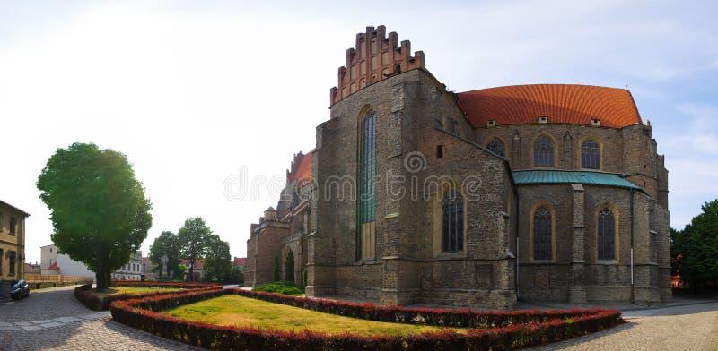 Basilique des apôtres saints Peter et Paul, Pologne image stock