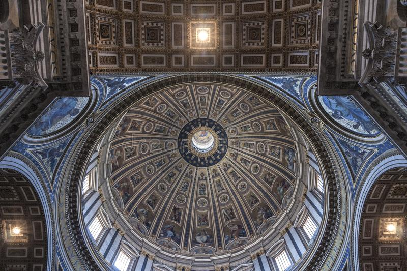 Basilique Vatican du ` s de Michelangelo Dome Saint Peter photo stock