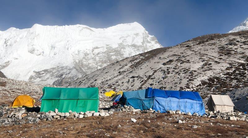 Basiskamp van Eilandpiek (Imja-Tse) dichtbij Onderstel Everest stock fotografie