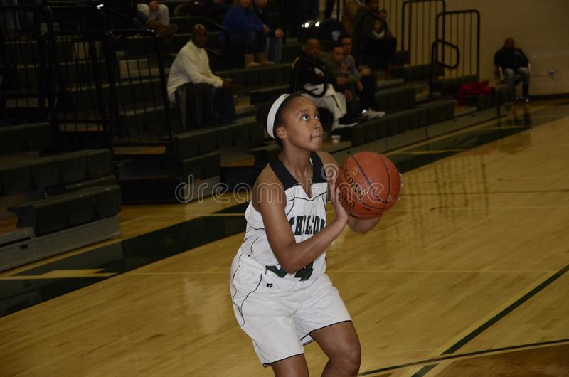 Basket-ball de filles de lycée photos stock