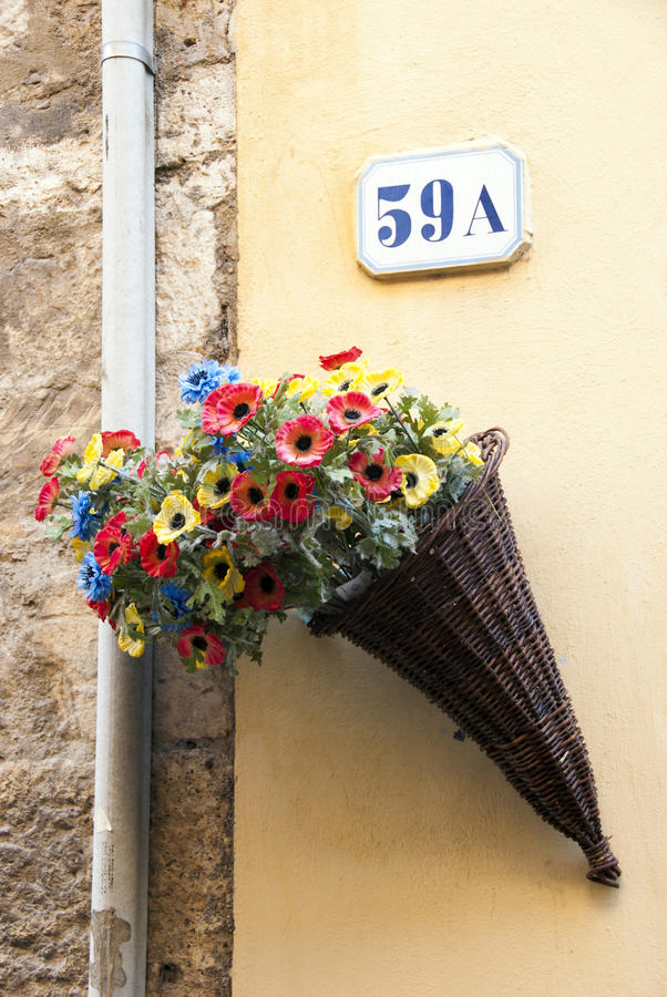Download Basket Of Flowers Royalty Free Stock Photos - Image: 25786498