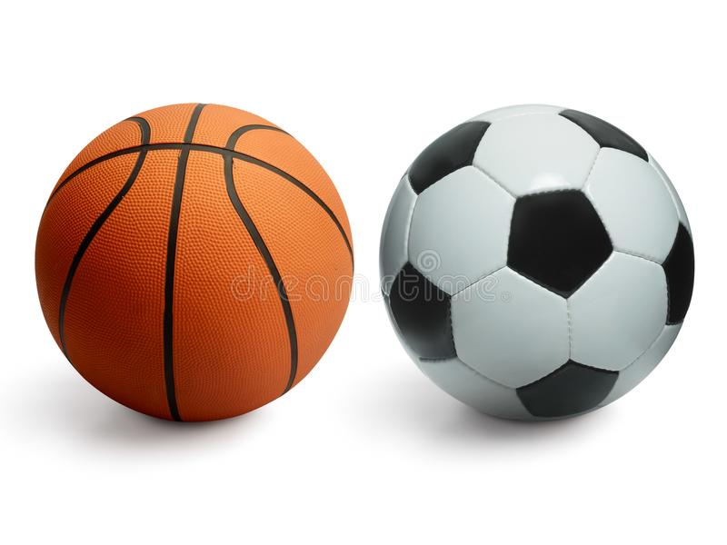 Basket- och fotbollbollar som isoleras på vit royaltyfri bild