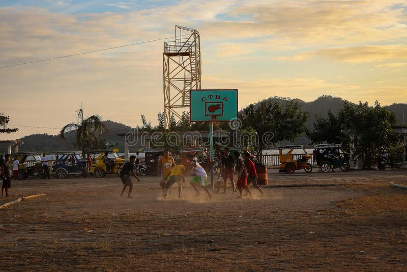 Basket på solnedgången royaltyfria foton