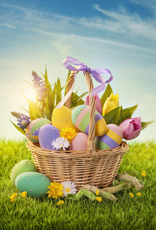 Free Basket With Easter Eggs Stock Image - 28511731