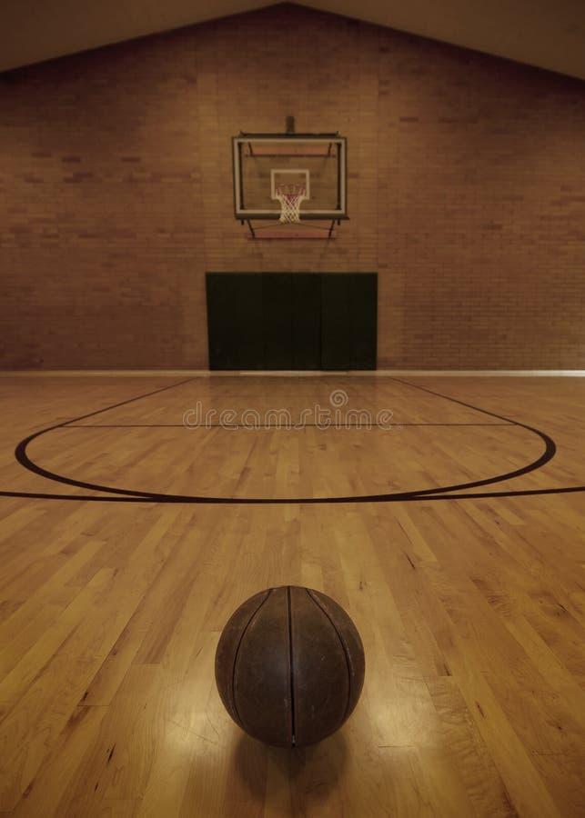 Basketbal en het Hof van het Basketbal royalty-vrije stock foto