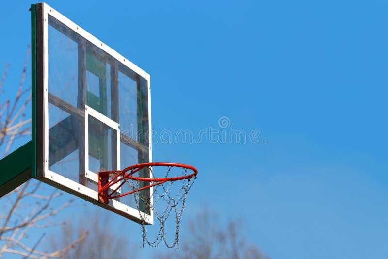 Basketbalhoepel openlucht royalty-vrije stock foto