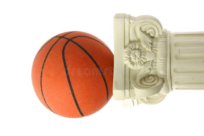 Basketball auf Bedienpult II stockfoto