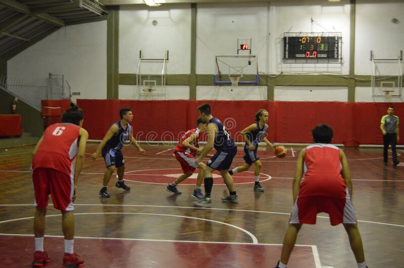 Basketball Game In Gym Free Public Domain Cc0 Image