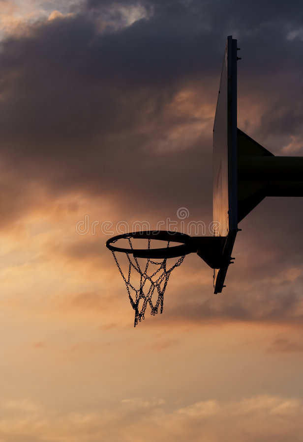 Free Basketball Hoop And Backboard Royalty Free Stock Photo - 4668985