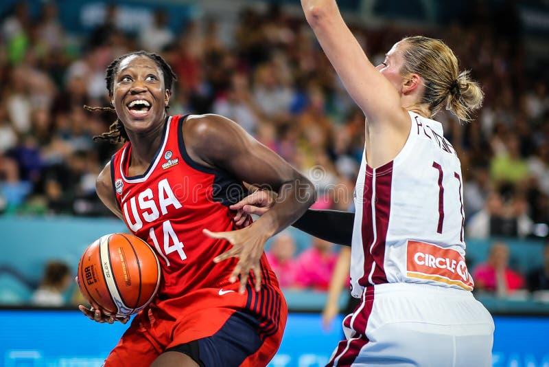 Basketball-Spieler, Tina Charles, in der Aktion während Basketballweltcups 2018 der Frauen stockfotos