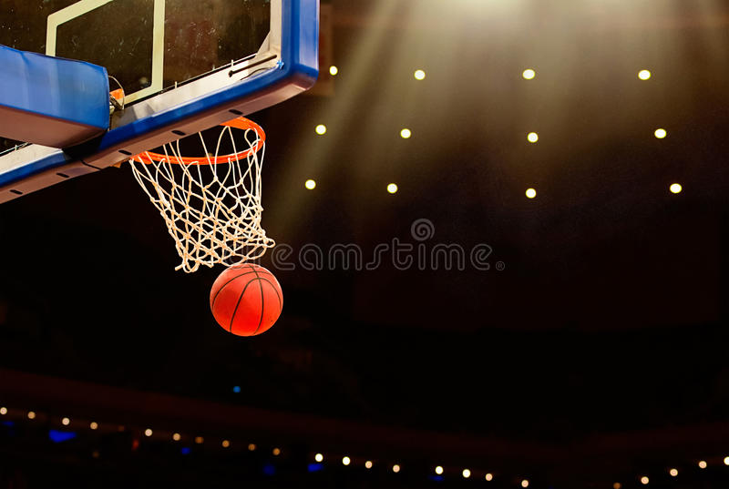 Basketbalspel stock fotografie