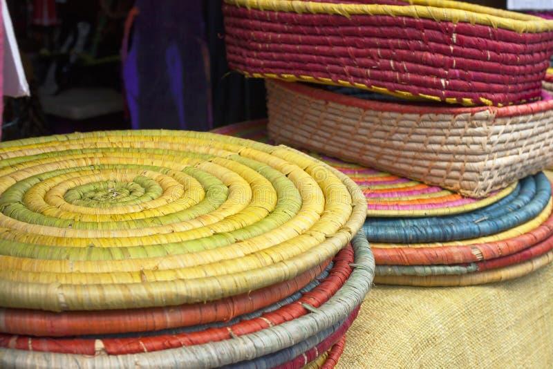 Basketry colorido do raffia imagem de stock royalty free