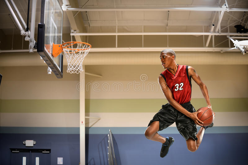Basketspelare i handling