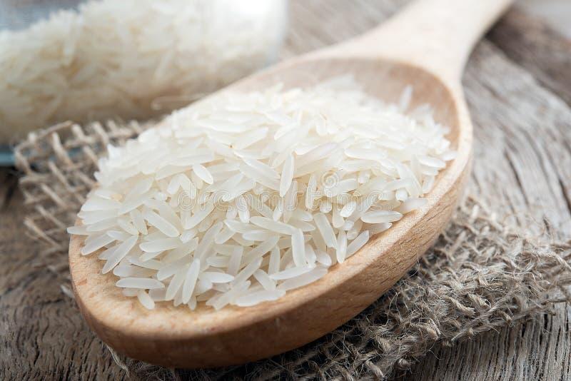 Basmati ryż z łyżką zdjęcia stock