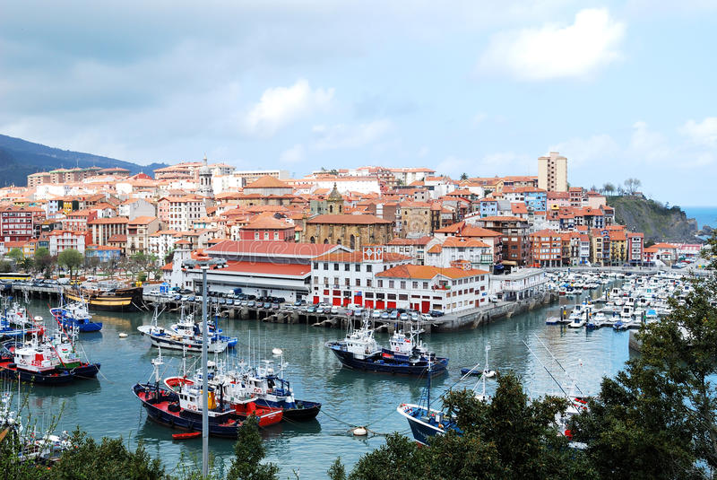 basque bermeo land spain royaltyfria foton