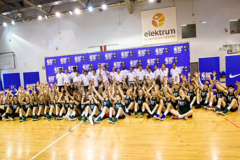 Basquetebol do acampamento de NBA e de FIBA sem abertura das beiras BWB Europa fotografia de stock royalty free