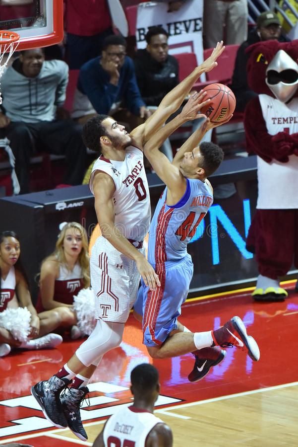 2015 basquetebol do NCAA - templo contra o estado de Delaware fotografia de stock