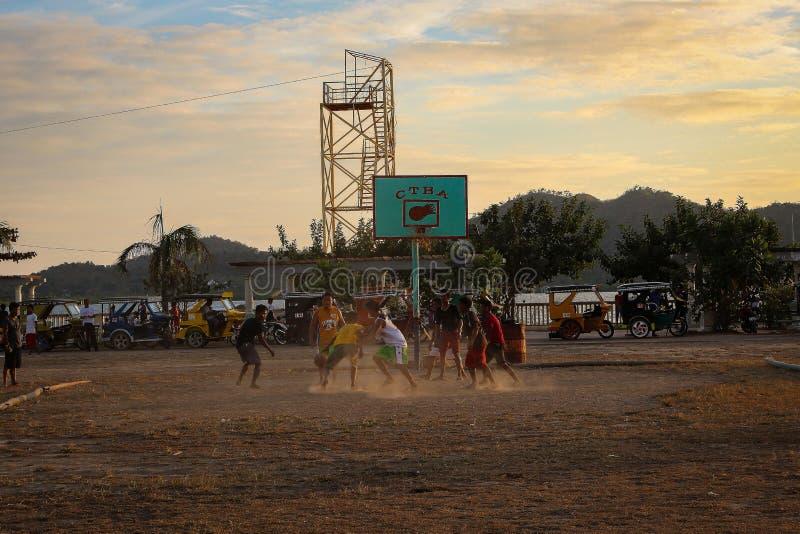 Basquetebol no por do sol fotos de stock royalty free