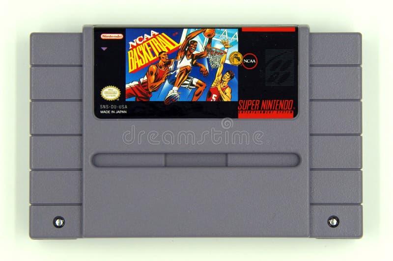 Basquetebol super do NCAA do jogo do sistema SNES do entretenimento de Nintendo fotos de stock royalty free