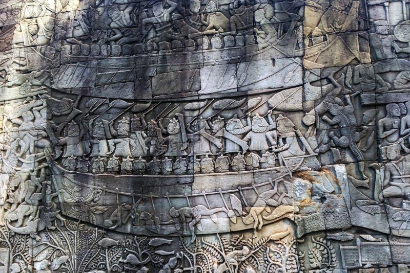 Basrelief i Angkor Wat i Cambodja royaltyfri bild